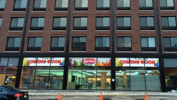 Keyfood_Storefront_2015-Formerly-Associated-620-4