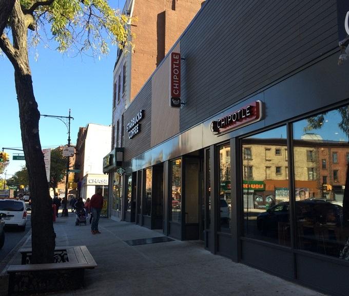 Chipotle Starbucks Invite Health_Storefronts_2015 (680)