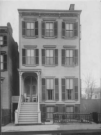 Pratt's Women's Club_Hall St at Willoughby_1914