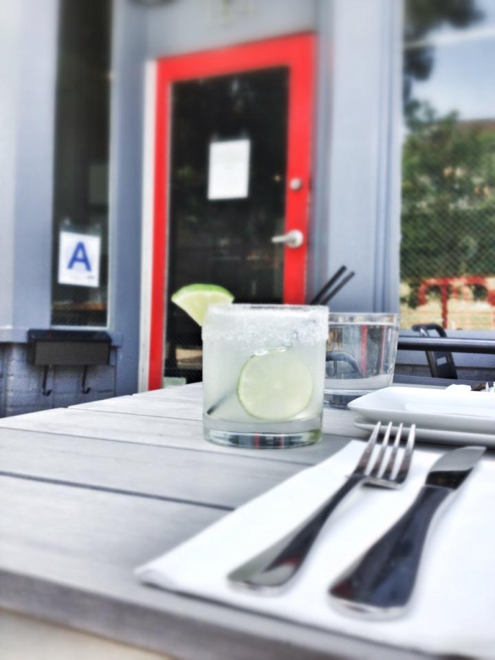 Lulu & Po_Sidewalk Cafe