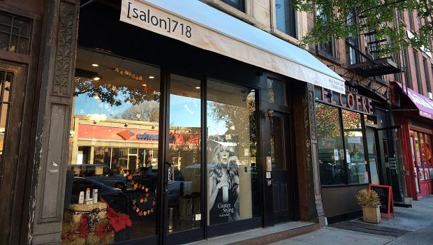 salon 718 IMG_2830