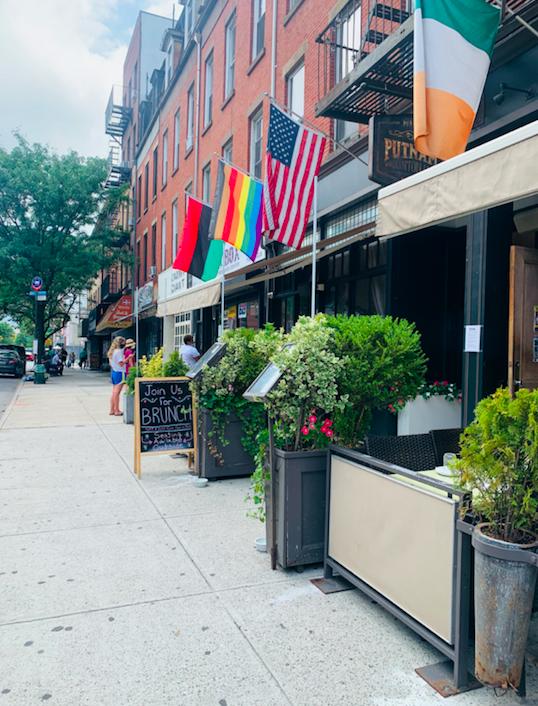 Putnam's Pub 419 Myrtle Avenue